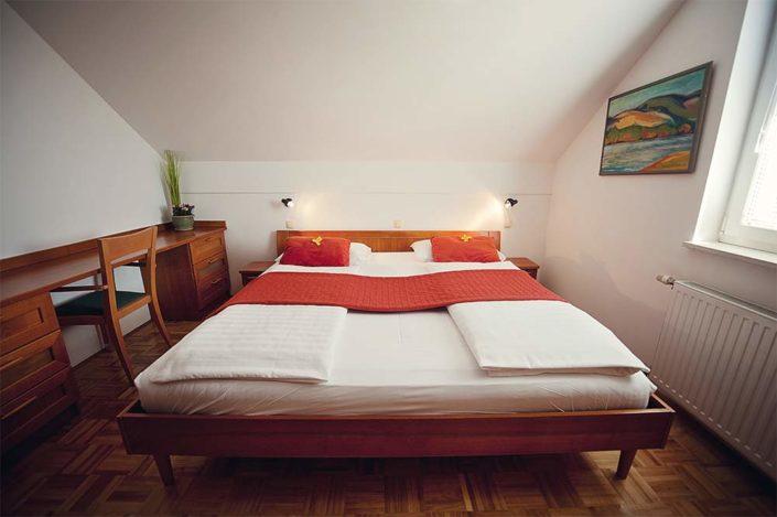 Enoposteljna soba Hotel Bajt Maribor