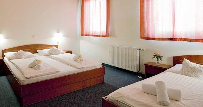 Triposteljna soba Hotel v Mariboru Hotel Bajt