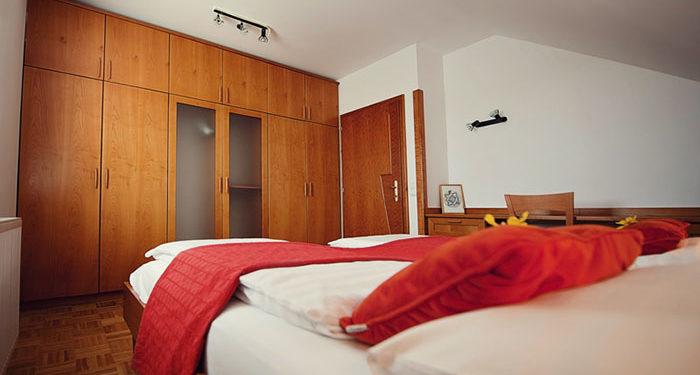 Enoposteljna soba v Mariboru Hotel Bajt 3